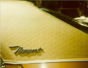 1970 Chrysler Newport Cordoba standard »Español« vinyl roof with three-dimensional pattern