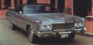 1973 Chrysler New Yorker four door hardtop
