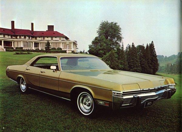 1973 Dodge Monaco Brougham four-door hardtop